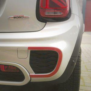 MINI F56 bumper accentlijnen (achterbumper)